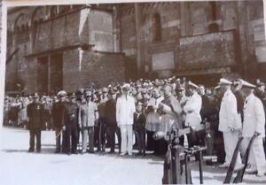 FOTO-CELEBRAZIONE-TREBBIATURA-PIAZZA-GRANDE-DUOMO-MODENA-1942-VESCOVO-ANNI-40