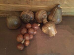 Vintage-Assorted-Wooden-Fruit-Lot-of-6