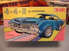 JOHAN 1970 OLDS CUTLASS 4-4-2 CARTOON BOX 3n1 C-1670:200 70 1/25 AMT UNBUILT KIT