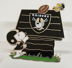 Details About Oakland Raiders Snoopy Doghouse W Woodstock Pin Great Gift Idea Free Shpg