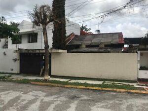 TERRENO EN VENTA DENTRO DE FRAC PRIVADO LOS LAURELES ZONA NTE PTE DE LA CIUDAD