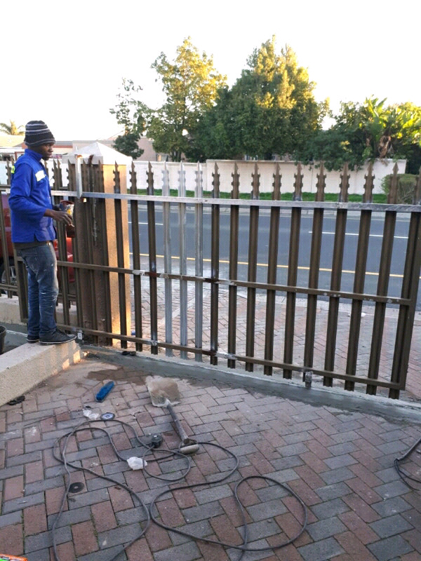 Nutec gates and fencing panels, Palisade gates, and Polyplanks gates and fencing