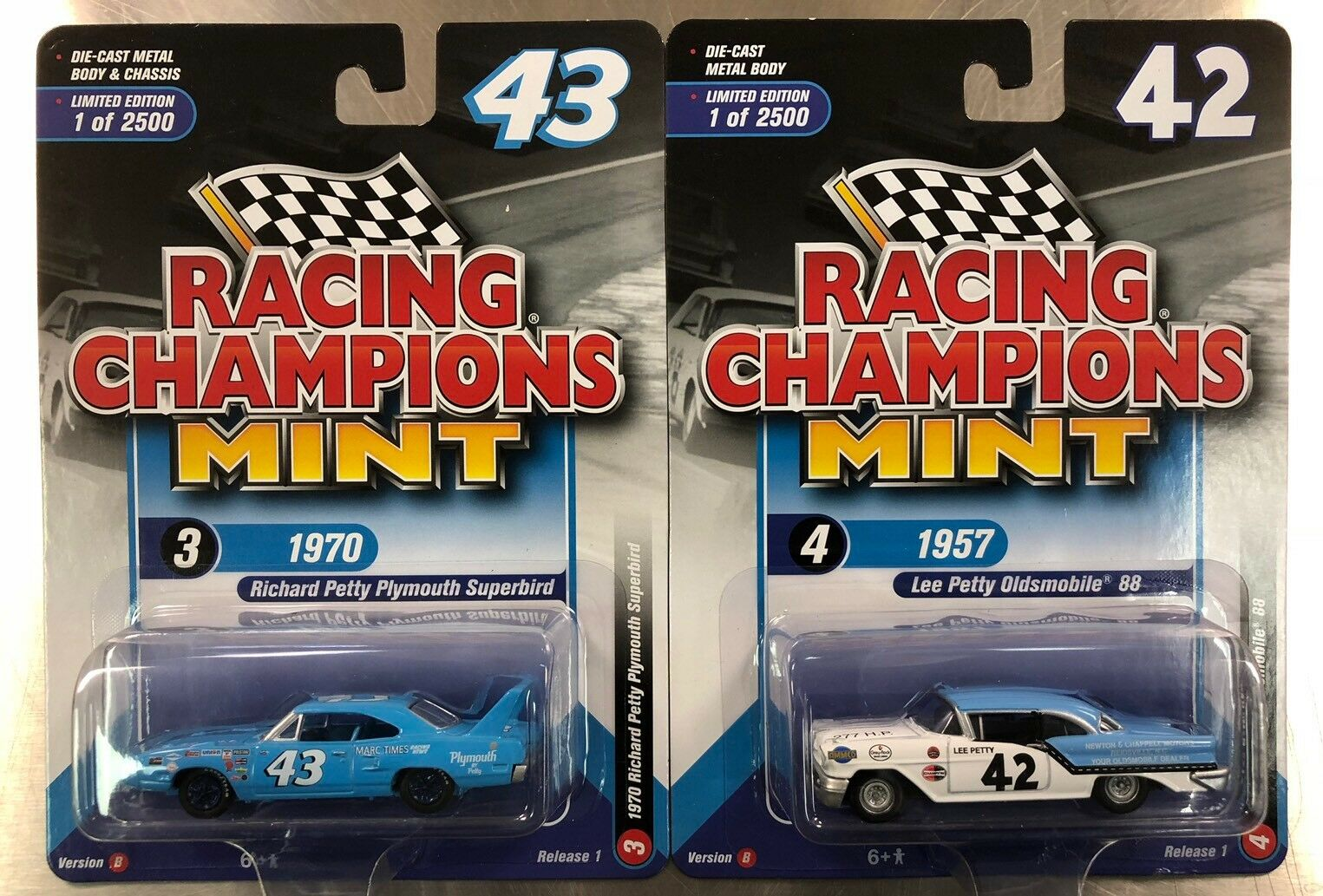 Racing Champions Lee & Richard pety 1957  Olds 88 & 1970 Plymouth Superbird Lot  réduction en ligne