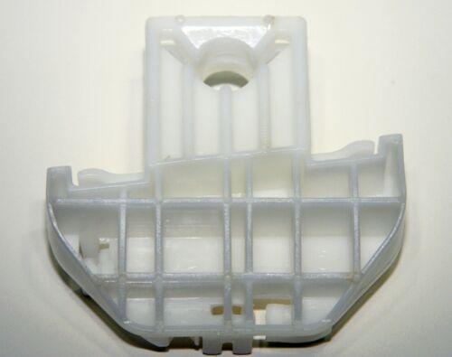 1 - REAR LEFT with peg//dowel Ford Focus Window Regulator Repair Clip