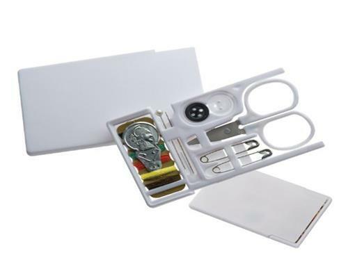 praktisches Nähset im Scheckkartenformat für Unterwegs und Zuhause von notrash20
