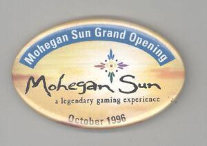 1996-MOHEGAN-SUN-Grand-Opening-PINBACK-Button-PIN-Badge-CASINO-Connecticut-CT