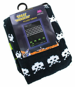 Space-Invaders-60-034-x-45-034-Plush-Throw-Blanket