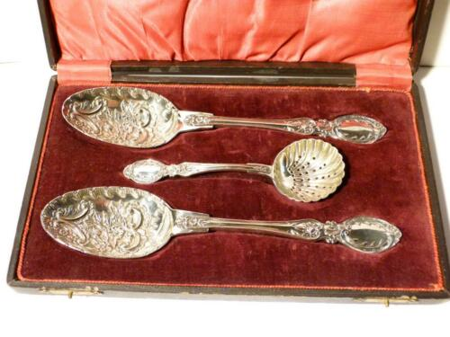"19thC Beautiful 2 x Serving 9"" BERRY SPOONS & 6"" SIFTER Silver Plated Cased WOW"