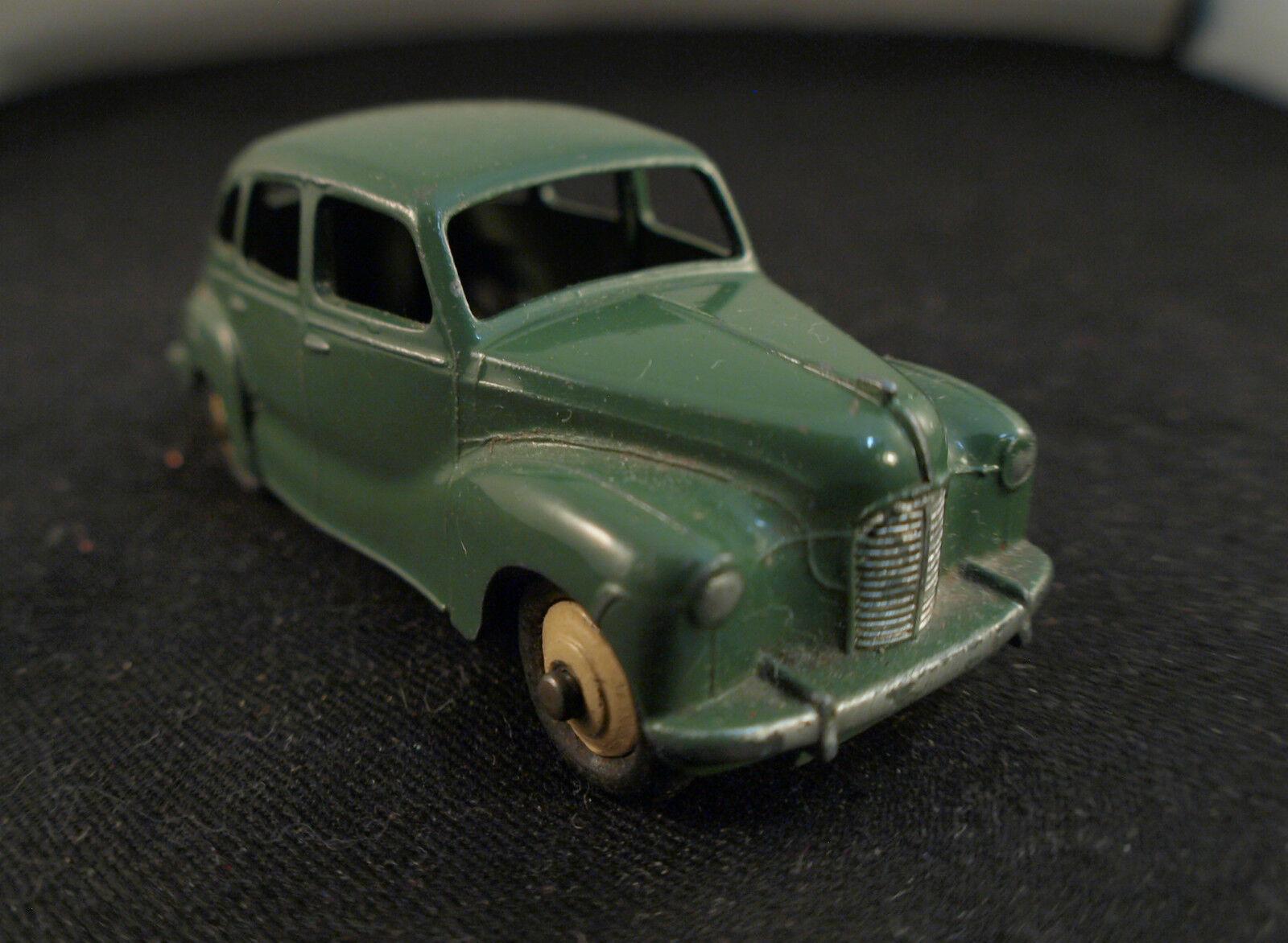 Dinky Toys GB n° 152 Austin Devon Rare version