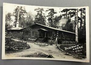 1940-BASSWOOD-Lake-LODGE-Minnesota-ELY-Real-RPPC-PHOTO-Postcard-Vintage-Original