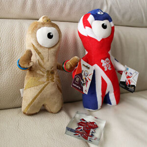 LONDON-2012-OLYMPIC-MASCOT-SOUVENIRS-2-WENLOCK-SOFT-TOYS-1-CRYSTAL-PAPER-WEIGHT