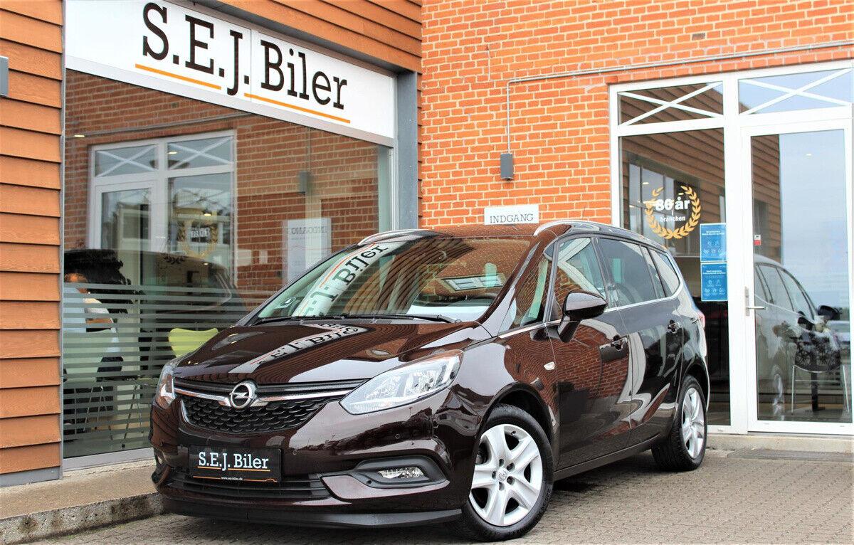 Opel Zafira Tourer 1,6 CDTi 134 Enjoy 5d