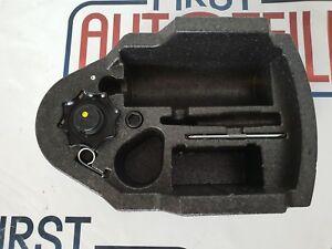 VW-T-Roc-A1-Pannenset-Schraubenzieher-Breakdown-Kit-3C0803899D-3G9864469