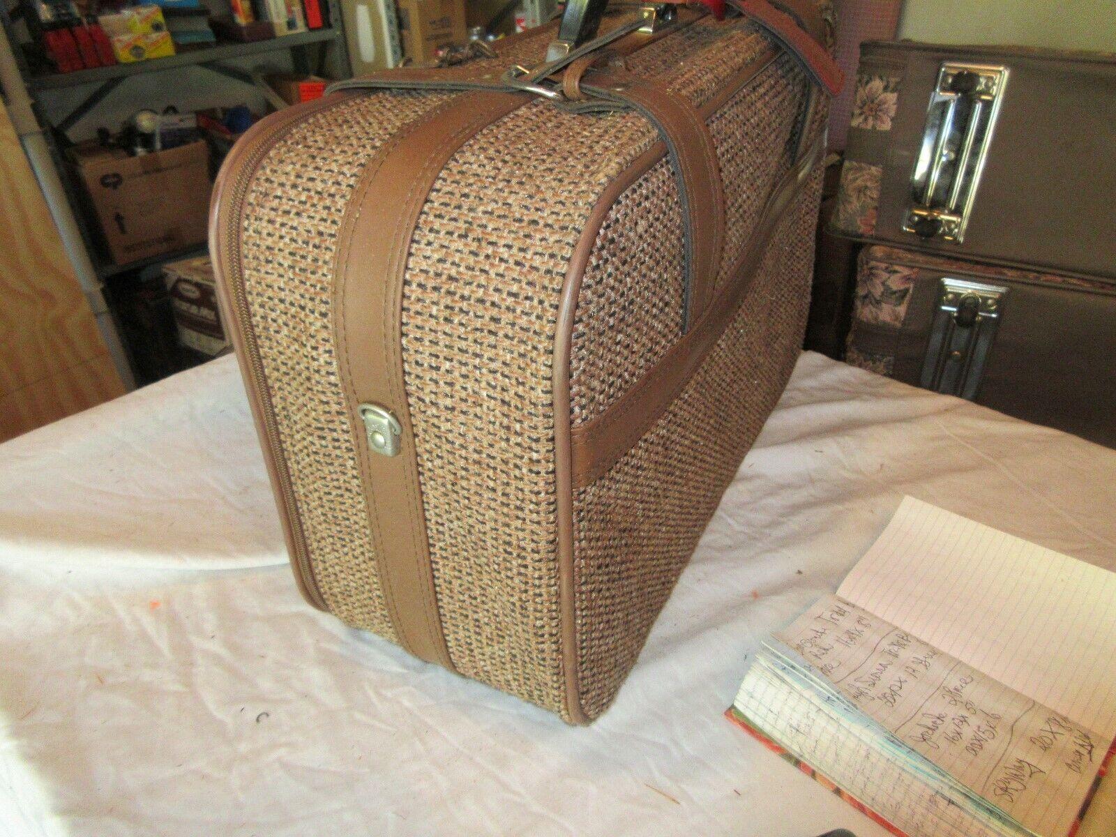 "Skyway Luggage , Vintage , 20""X8""X12"""