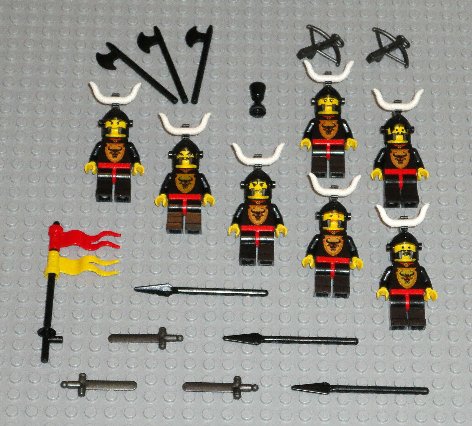LEGO Minifigures Lot 7 Bull Castle Knights Knights Knights People Swords Weapons Guys Minifigs 1d87af