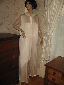 Vintage 1930 Silky Light Pink Ivory Lace Dressing Gownrobe Saks