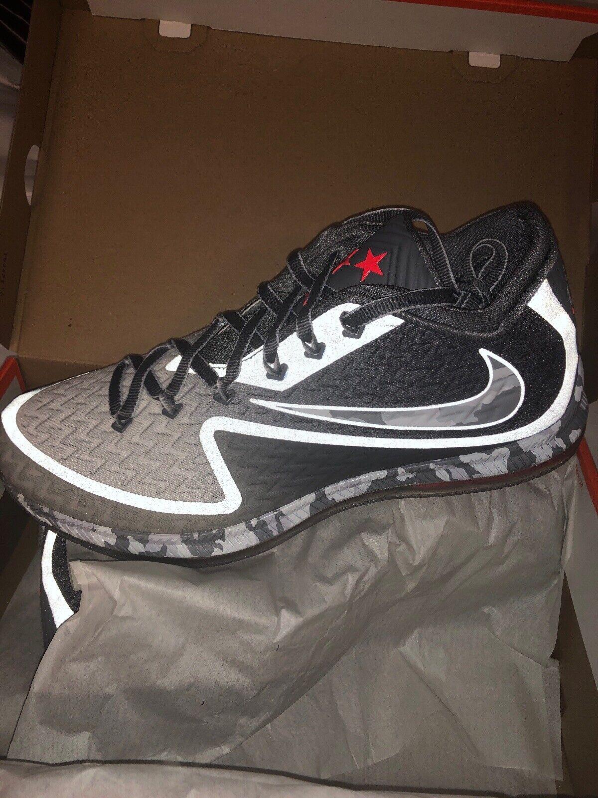 Nike Field General 2 Grey Platinum Camo Football Size 12