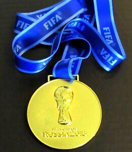 2018 Russie Fifa World Cup Médaille D'or Avec Soie Ruban Et Rangement Pochette