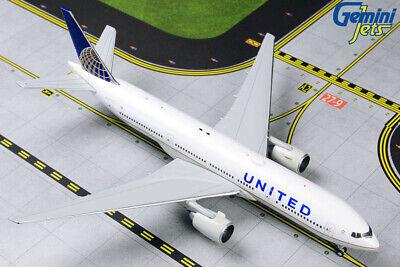 Gemini Jets 1:400 United Airlines Boeing 737-800 N37267 GJUAL1803 Model Plane