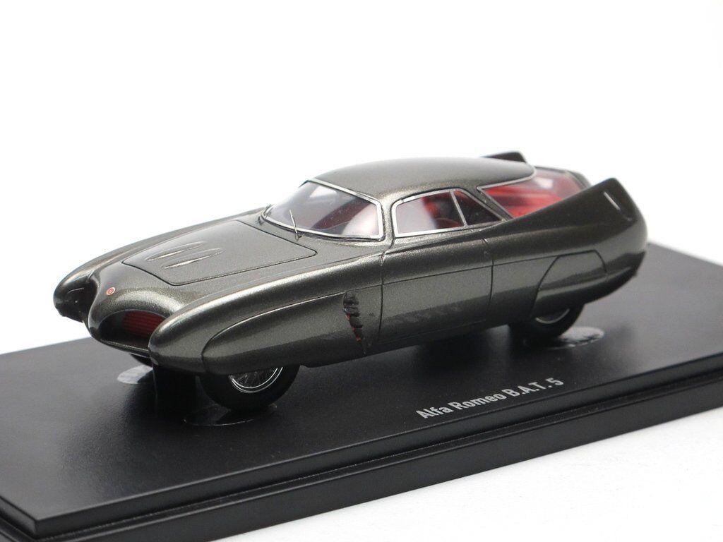 Meisterwerk   autocult 90046 - 1953 alfa romeo bat 5 studie limited edition 1 43