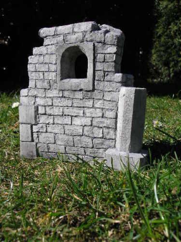 Mini  Schlossmauer /'The Corner/' Trolltor Burgruine