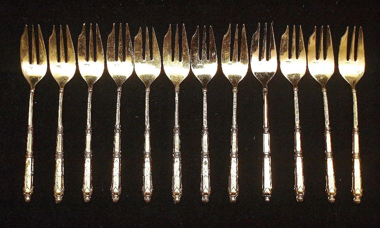 12 gateau fourchettes, sfam Chambly  volga , 24 CT. plaqué or