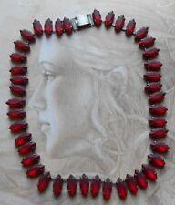 Superbe collier Designer ancien Art Deco pierres rouge rubis signé