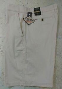 St-Johns-Bay-Shorts-Mens-Khaki-Super-Stretch-Straight-Fit-Flat-Front-NWT-40
