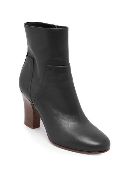 molto popolare New Valentino Valentino Valentino Rockstud Lovestud nero Leather avvioies Dimensione 39.5EU 9US  1245.00  fino al 50% di sconto
