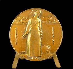 Medal-Perrette-the-Dairy-034-le-Pot-of-Milk-Sc-Jean-Vernon-C-1940-58mm-Medal