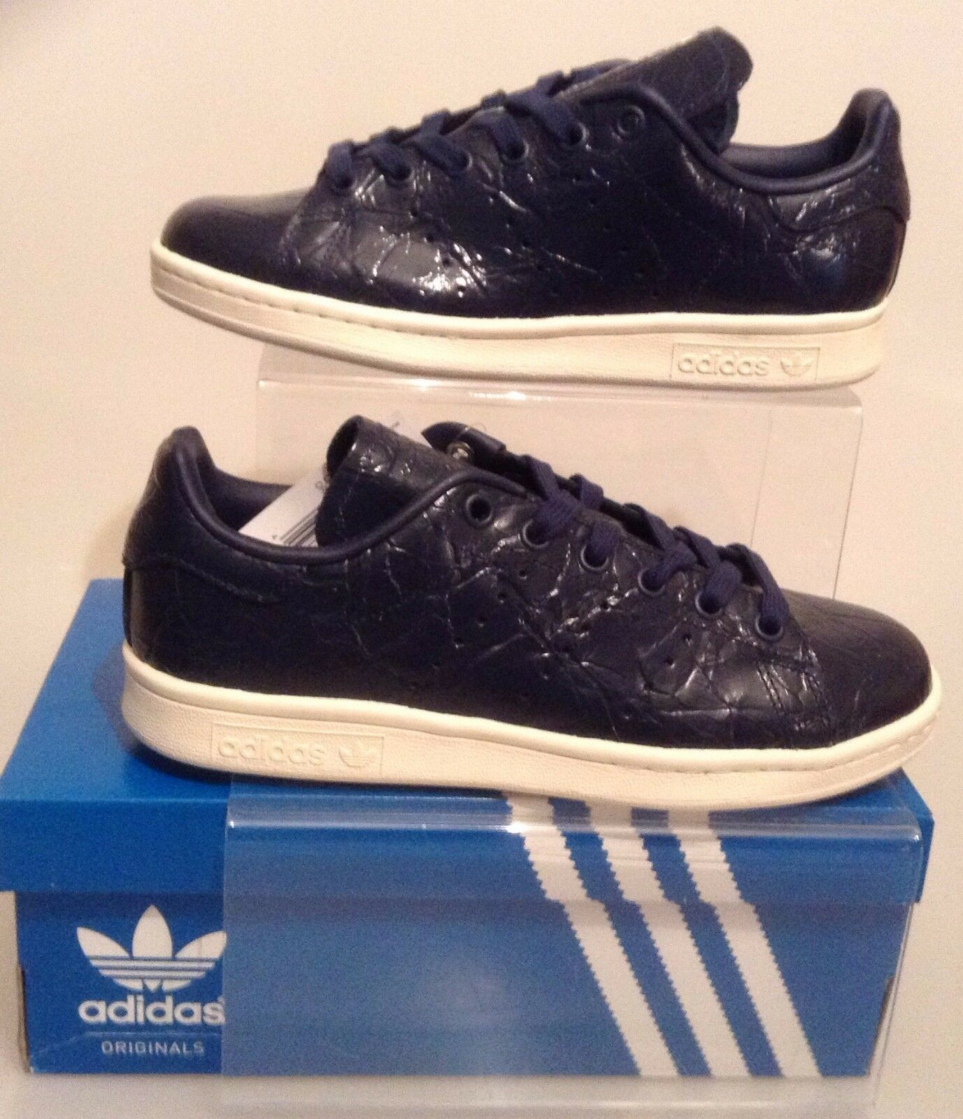 AUTHENTIC ADIDAS STAN SMITH TRAINERS NAVY-WEISS Damenschuhe SIZES UK 4 TO UK 7.5