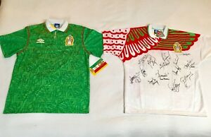 8a58ef31b 1994 Mexico Umbro World Cup Soccer Home Jersey Signed by Team Size ...