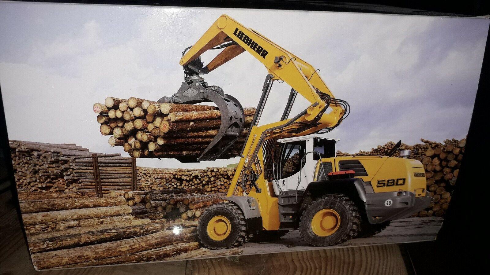 NZG 853 Liebherr L 580 mit Holzgreifer  1 50 NEU in OVP