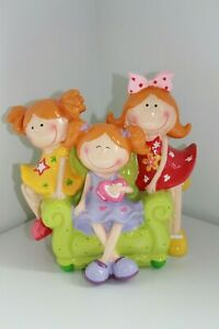 NEW-BLOWFISH-CHEERFUL-GIRLS-ON-SOFA-COIN-MONEY-BANK-79702
