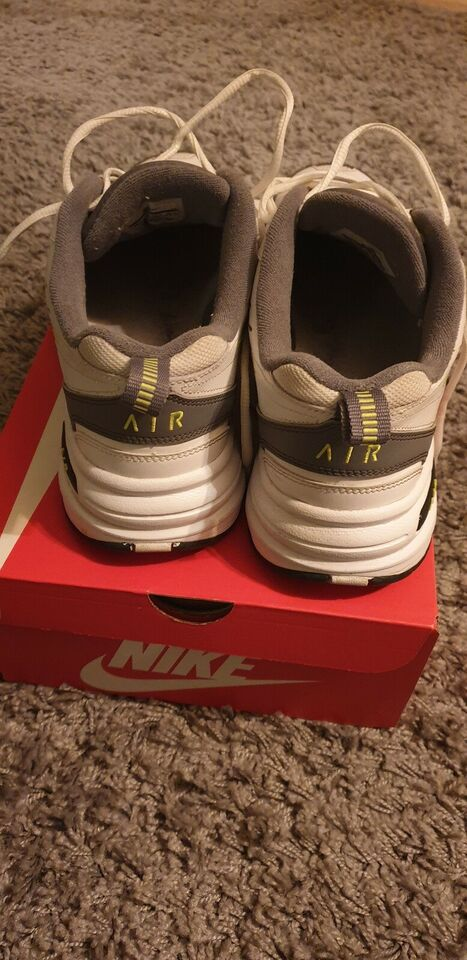 Sneakers, Nike Monarch IV, str. 44,5