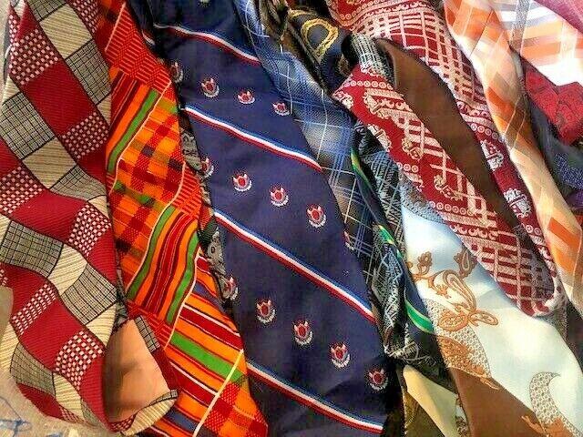 Isaia Mens Brown Red Floral Silk Skinny Neck Tie