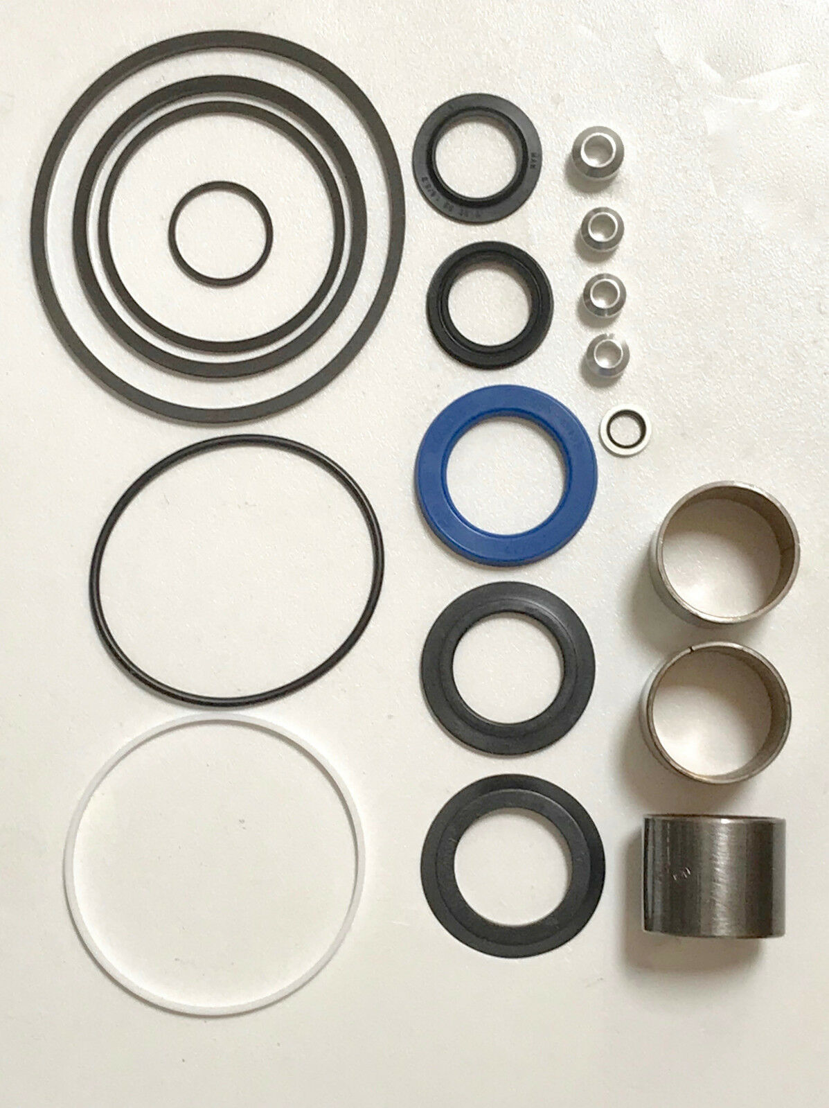FOR LAND ROVER DEFENDER 1990-2006 NEW POWER STEERING BOX SEAL KIT STC2847