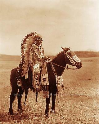 ASSINIBOINE INDIAN CHIEF HECTOR VINTAGE PHOTO NATIVE AMERICAN OLD WEST #21361