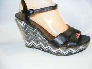 American-Eagle-Women-039-s-Size-9-5-M-Black-White-Open-Toe-Wedge-Heels-Sandals-Shoes