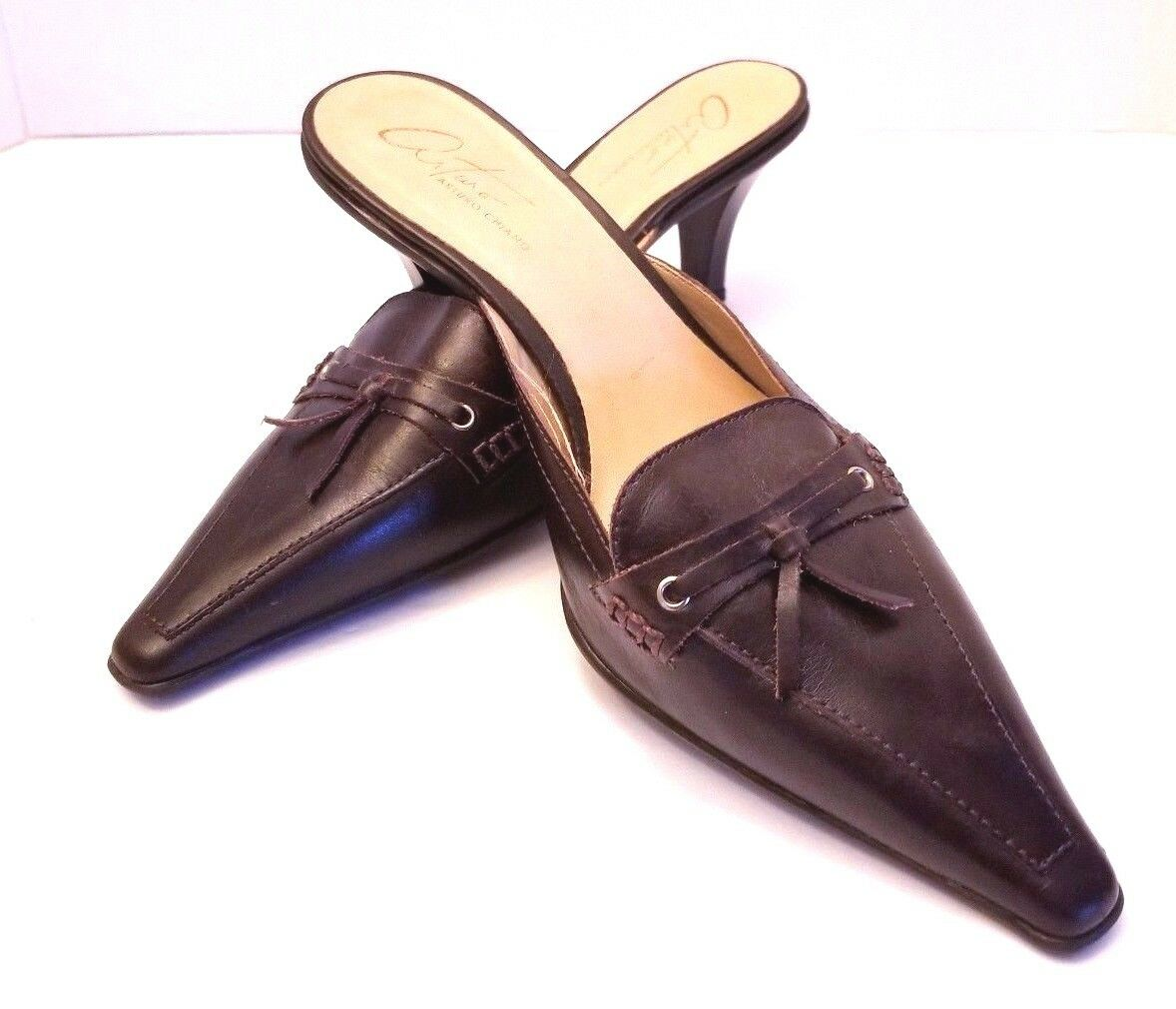 Arturo Chiang Brown Leather Slip On Shoes Pumps Heels Size 6 Pre Owned