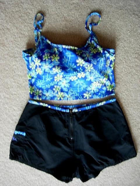 DELAMAR 3-Pc.bluee DaisyPrint (1)Tankini Swimsuit Top-M (2)Shorts-S (3)Wrap Skirt