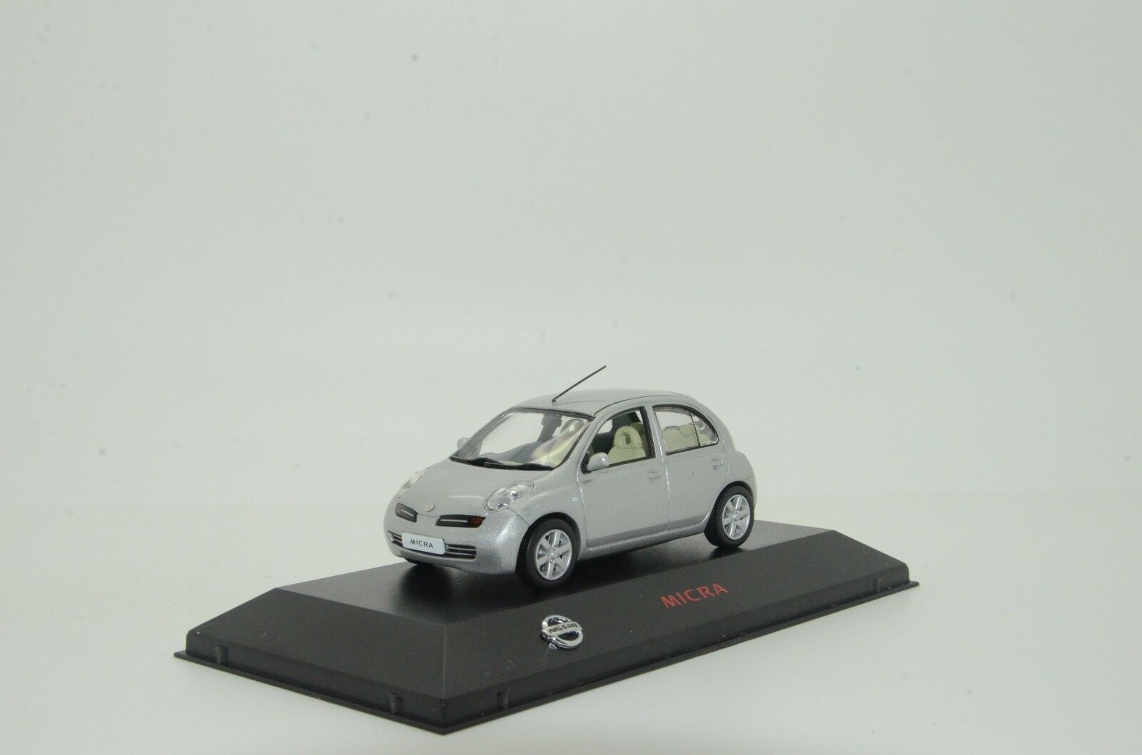 Nissan Micra J-Collection Dealer 1 43