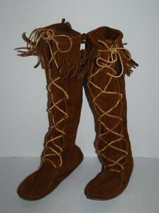 Minnetonka-Fringe-Moccasin-Boots-Knee-High-Tall-Lace-Up-9-Boho-Woodstock-style