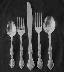 CANTATA  Oneida Stainless Gloss Flatware Your Choice