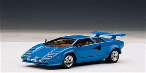 Lamborghini countach 5000 ist blau mit öffnungen 1   43 autoart 54534