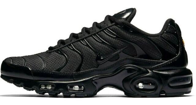 Nike Air Max Plus Triple Black