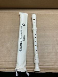 Yamaha-Yrs-23Y-Soprano-Recorder-Natural-1-00-x-2-00-x-13-75-Natural-B8