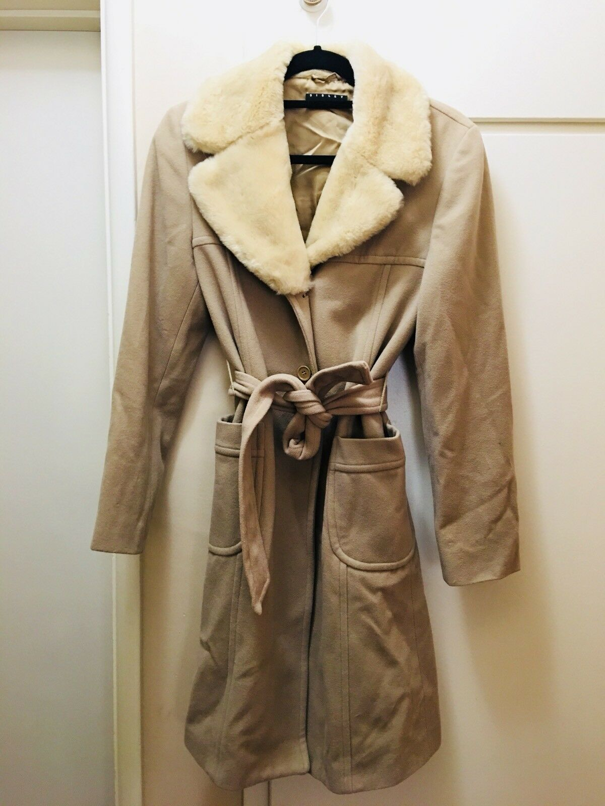 Sisley Italian Luxury Wool Beige Coat W  Fur Collar Size Small 42