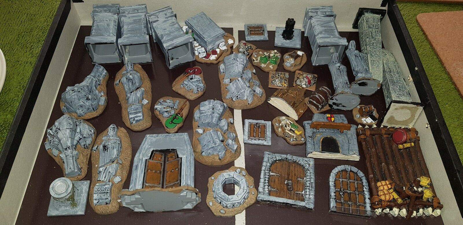 Lord of the Rings - Scenery and Props