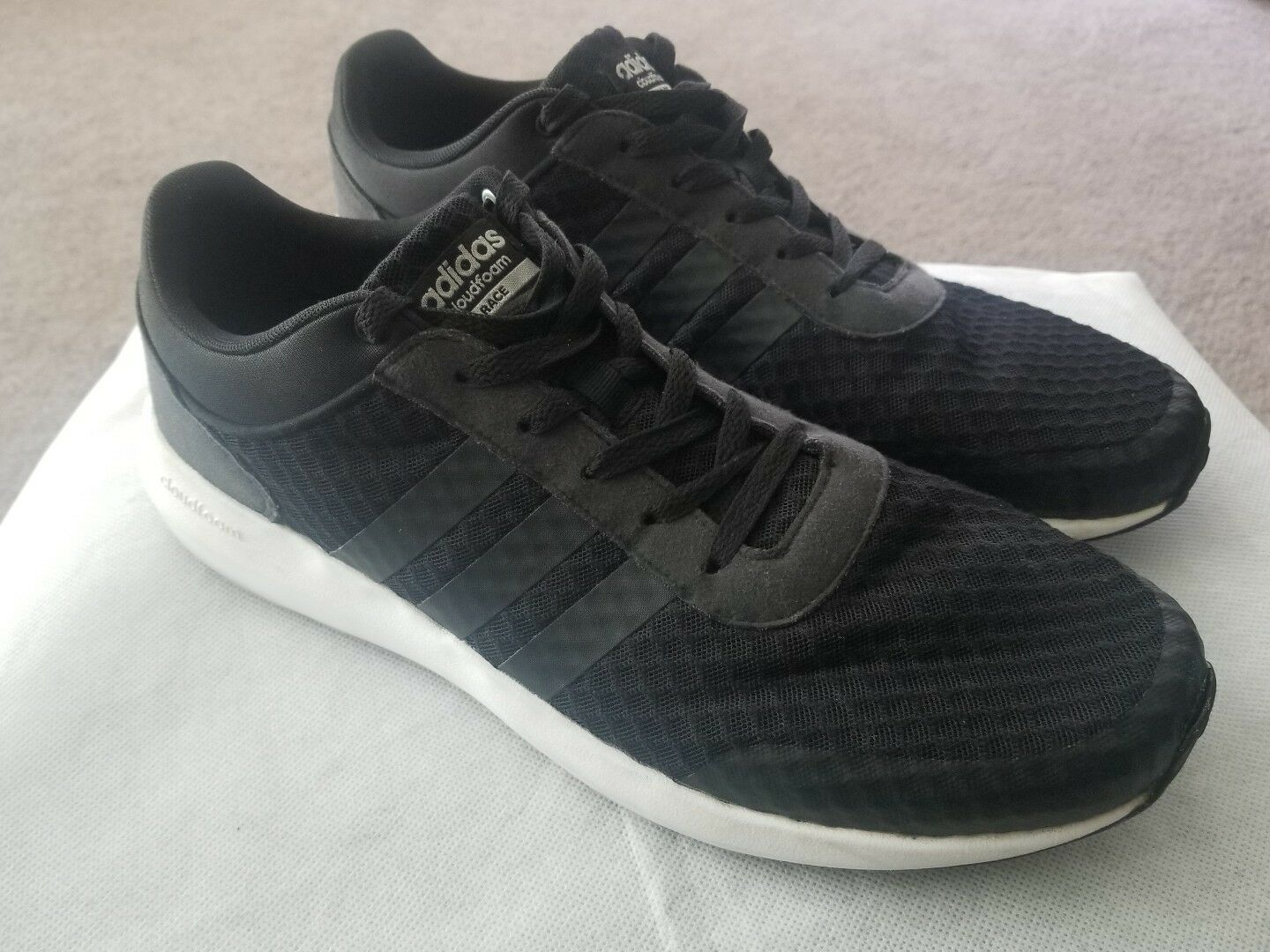 Adidas Cloudfoam Race Men's Shoes Sneakers Athletic Size 12 Black & White AW5321
